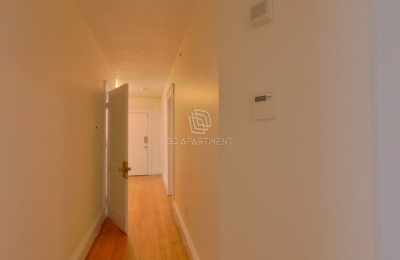 8 Barrows Street #1